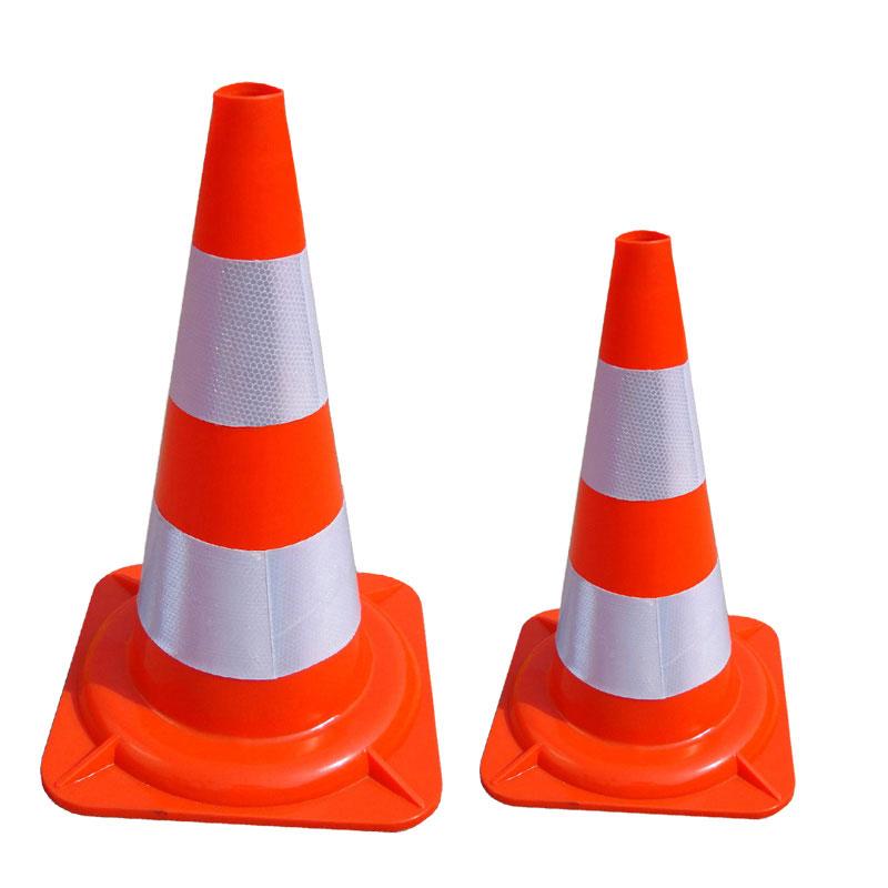 cọc tiêu giao thông đế màu cam