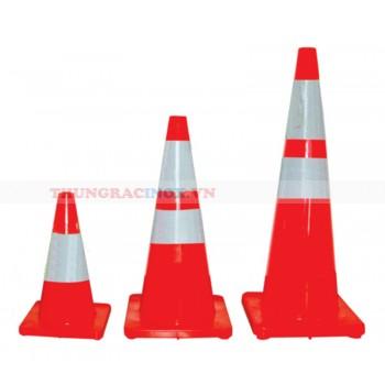 Cọc tiêu an toàn giao thông