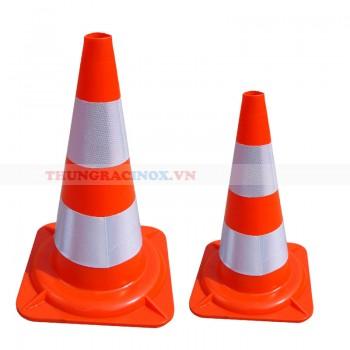 Cọc tiêu giao thông màu cam