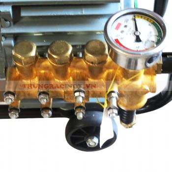 Máy phun rửa áp lực cao chuyên dụng