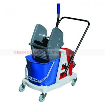 xe đẩy vệ sinh công nghiệp