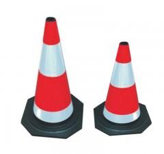 Cọc tiêu giao thông phản quang cao su