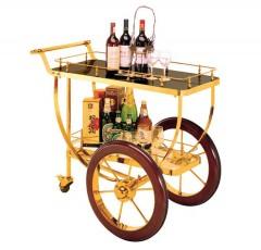 Xe phục vụ rượu trong khách sạn cao cấp